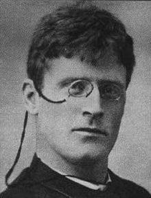04/08/1859 : Knut Hamsun, (I applied Google Translate) Norwegian writer, Nobel Prize for Literature in 1920 († February 19, 1952). ecrivain norvégien, prix Nobel de littérature en 1920 († 19 février 1952).