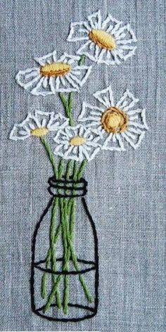 Resultado de imagen para simple embroidery flowers #FlowerEmbroidery