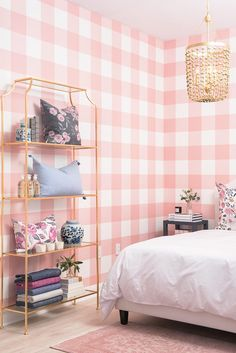 Pink is the perfect colour for girl's bedroom! Discover more pink inspirations with Circu furniture for kids' bedroom: CIRCU.NET