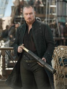 Toby Stephens as James Flint on the final season of 'Black Sails' [...] | Toby Stephens as Captain James Flint in Season 4 | Inverse