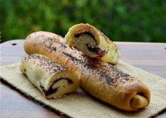 BATOANE PUFOASE CU GEM Biscuits, Unt, Ethnic Recipes, Food, Kuchen, Crack Crackers, Cookies, Essen, Biscuit
