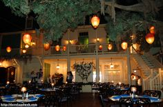One of the best restaurants ever, soooo much fun!!!  Blue Bayou at Disneyland  Google Image Result for http://davelandweb.com/neworleanssquare/images/bluebayou/DSC_3379.jpg