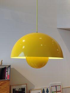 Verner Pantone Flowerpot light