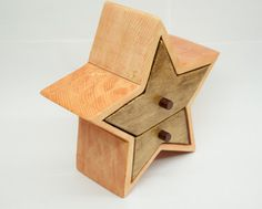 Handmade Wood bandsaw Star Box for trinkets by HuskyWoodWorking ( Yes, please! This would be a perfect addition to my altar. )