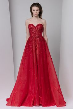 Tony Ward Fall Winter 2016/17: glamorous  red sequin gown♥•♥•♥