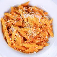 Mario Batali's Penne alla Vodka @keyingredient #bacon #delicious