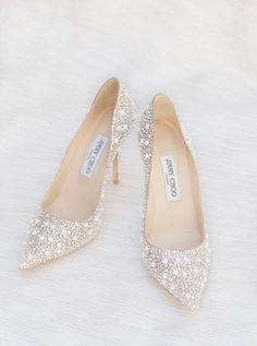 Chic Jimmy Choo wedd