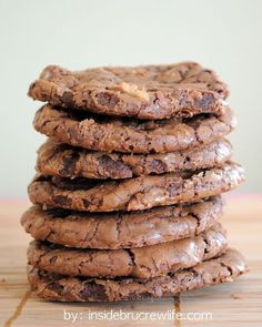 Moose Tracks Cookies - chocolate and peanut butter in one amazing cookie