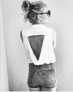Cut upside down triangle hem it n tuck in n sag back of shirt wool ah diy craft | Tumblr