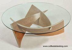 Mesa de café de madera laminada y vidrio redondo