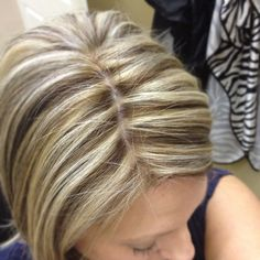 My new fall color! Stylish Hairstyles, Beauty Shop, Street Chic, Hair And Nails, Hair Makeup, Lights, Long Hair Styles, Fall, Colors