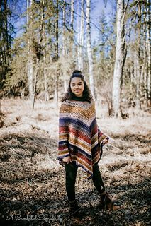 This is how the Wasilla Poncho came to be! Ponchos are great to wear for seasonal transition pieces. All Free Crochet, Double Crochet, Easy Crochet, Crochet Hooks, Crochet Top, Crochet Wraps, Crochet Ideas, Crochet Placemat Patterns, Crochet Poncho Patterns