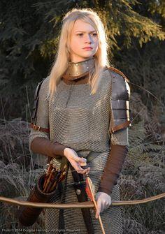 570f580c04e16f007b8ca61c19938dd0--warlock-costume-sexy-woman-drawing.jpg (648×920)