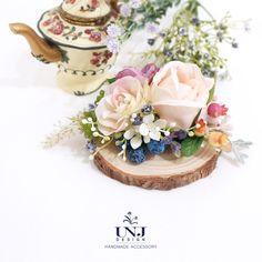 Romentic Rose blossomed hair clip. Wedding flower hairclip, Bridal hair accessories, Wedding hair hair clips, flower hairclip, bride by UNJdesign on Etsy