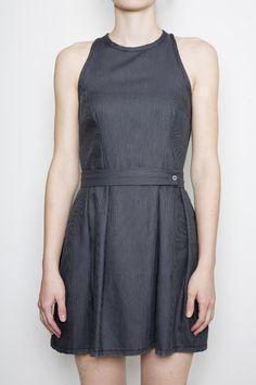 My Sonja (FREE) dress pattern with an added belt on this mod #vestidos #focustextil