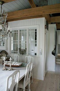 interior windows and breakfast room