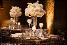 Vintage Hollywood Glamour Wedding in Palm Beach, Florida / Gold and Black Details / J Morgan Flowers / Jamilah Photography / Kiss the Planner / via StyleUnveiled.com
