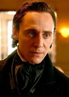 Sir Thomas Sharpe,Crimson. Peak
