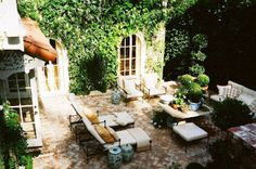 patio from designer Mark D. A charming Hollywood Hills brick lined outdoor space. A wonderful garden.the perfect backyard. Outdoor Rooms, Outdoor Gardens, Outdoor Living, Outdoor Decor, Outdoor Furniture, Outdoor Lounge, Hollywood Hills, West Hollywood, Brick Works