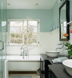 I love the shelf in this bathroom.  I used to have one in my bedroom, and it makes an awesome place for statement decor.