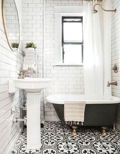 50 Ideas White Wood Floors Bathroom Clawfoot Tubs For 2019 Wood Floor Bathroom, Mold In Bathroom, Bathroom Sets, Master Bathroom, Black White Bathrooms, Bathroom Black, White Wood Floors, Ferry, Pink Tiles