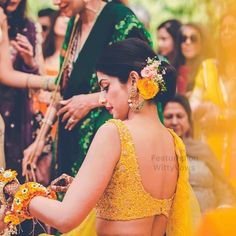 Sexiest blouse designs in which you can slay the best and show how fashionable you are. Explore the list of sexiest blouse designs now! Indian Wedding Hairstyles, Bride Hairstyles, Lehenga Hairstyles, Flower Hairstyles, Summer Hairstyles, Bridal Hair Buns, Sexy Blouse, Saree Blouse, Saree Dress