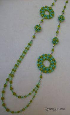 Gyöngymanó gyöngyei: bogyó/beaded bead