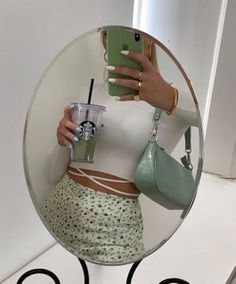 Mint Green Aesthetic, Aesthetic Colors, Aesthetic Clothes, Cute Casual Outfits, Summer Outfits, Green Theme, Green Wallpaper, Green And Brown, Green Sage