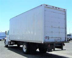 1996 freightliner fl70 box truck a hard to find low mileage non-cdl box  truck