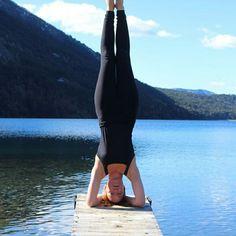Clases de #yoga con #Veromagneto nuestra excelente profe! Clases en el bosque, en el lago, en el salón, Donde prefieras 😊