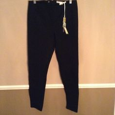 "❤NWT Lauren Conrad Skinny Straight Leg Pants NWT Lauren Conrad Straight,eg Dress Pants: fitted, perfect shape, great and long lasting quality material! 31.5"" inseam.  🛍ENJOY SPECIAL BUNDLE DISCOUNTS! 🎁FREE GIFT WITH/ $25 PURCHASE! 🙋PLEASE USE THE OFFER BUTTON TO NEGOTIATE! 💎TRADE VALUE HIGHER!💋THANK YOU! Lauren Conrad Pants Skinny"