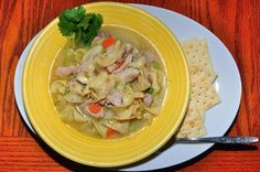 Chicken noodle soup (slimming world friendly) |