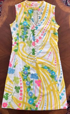 "Vintage Lilly Pulitzer Shift Dress ""The Lilly"" Early 60's Great Print And Cut #LillyPulitzer #Shift"