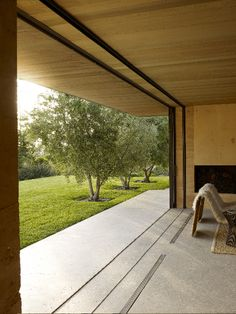 http://www.stevenharrisarchitects.com/projects/Napa-Valley-House // photo by Marion Brenner