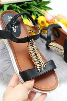 Mule Sandals Summer 2020 has never been so Top! Since the beginning of the year many girls were looking for our Stunning guide and it is finally got released. Now It Is Time To Take Action! See how... #shoes #womenshoes #footwear #shoestrends Trendy Shoes, Cute Shoes, Latest Shoe Trends, Mule Sandals, Woman Shoes, Cool Suits, Comfortable Shoes, Wedding Shoes, Fashion Shoes