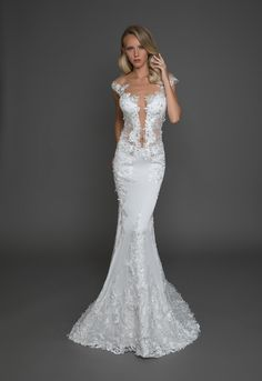 Modern Ball Gown Wedding Dress on Kleinfeld Bridal Pina Tornai Wedding Dresses, Pnina Tornai Dresses, Wedding Dress Organza, Sexy Wedding Dresses, Wedding Dress Sleeves, Gown Wedding, Dress Lace, Lace Wedding, Dream Wedding