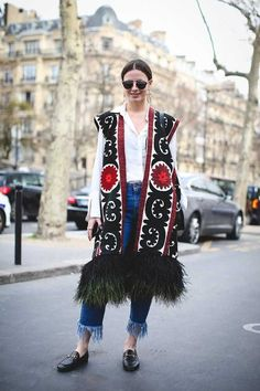 """ELLEUK on Twitter: """"Throw back to some of the best Street Style Looks of Paris Fashion Week. https://t.co/cc5ogC2wq0 https://t.co/yKOxdhDd8P"""""""