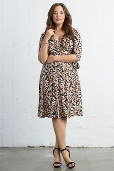 kiyonna women's plus size all work and play wrap dress 2x https