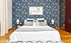 patterned wallpaper - bedroom