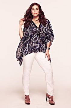 Take a look at the best affordable trendy plus size clothing in the photos below and get ideas for your daily trendy outfits! Trendy+Plus+Size+Clothing Trendy Plus Size Clothing, Plus Size Outfits, Trendy Outfits, Plus Size Fashion, Fashion Outfits, Womens Fashion, Elegant Clothing, Look Plus Size, Plus Size Jeans