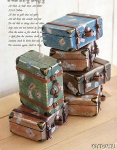Как сделать чемодан для куклы. Чемодан-муляж своими руками. Декупаж чемодана.