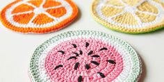 These pot holders were created by Marinke of A Creative Being Blog for Handmade Happy - The Free Craft Magazine on Heart Handmade UK