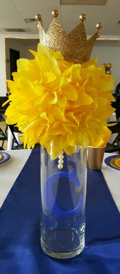 Baby Shower Centerpieces – Standout With Creative Baby Shower Decorations Baby Shower Princess, Baby Princess, Prince Themed Baby Shower, Baby Shower Cakes For Boys, Baby Boy Shower, Boy Baby Shower Themes, Shower Party, Baby Shower Parties, Shower Favors