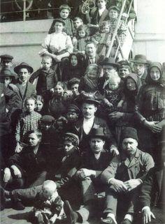 Italian immigrants 1905
