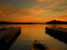 Sunset paddle on Elliot Lake Where The Heart Is, Road Trips, Paddle, Kayaking, Ontario, Beautiful Homes, Canada, Sunset, Water