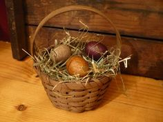 simple farm basket-- i cant wait to decorate now! I know the perfect place id put this