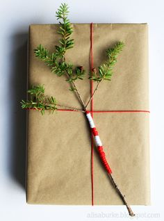 Gift wrapping with Nature.  From now on I'd love to wrap all my gifts with craft paper.