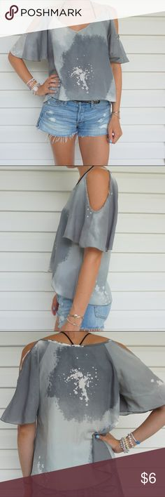 Galaxy top Cut out sleeves Forever 21 Tops Blouses