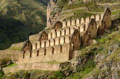 Viajá a Perú con los expertos!  Ollantaytambo es la única ciudad del incanato en el Perú que aún es habitada, sus callejuelas empedradas y serpenteantes, las ruinas diseminadas por doquier y sus terrazas agrícolas son atractivos que destacan por sí mismos y se pueden apreciar en todo su esplendor. Contáctanos al (506) 2290-3090 o bien a través de ventas@depaseoperu.com Visitá http://www.depaseoperu.com/