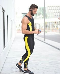 Hot guys in sport spandex, Lycra. Funky Outfits, Sport Outfits, Compression Clothing, Lycra Men, Mens Tights, Gym Style, Cycling Outfit, Gym Wear, Workout Wear